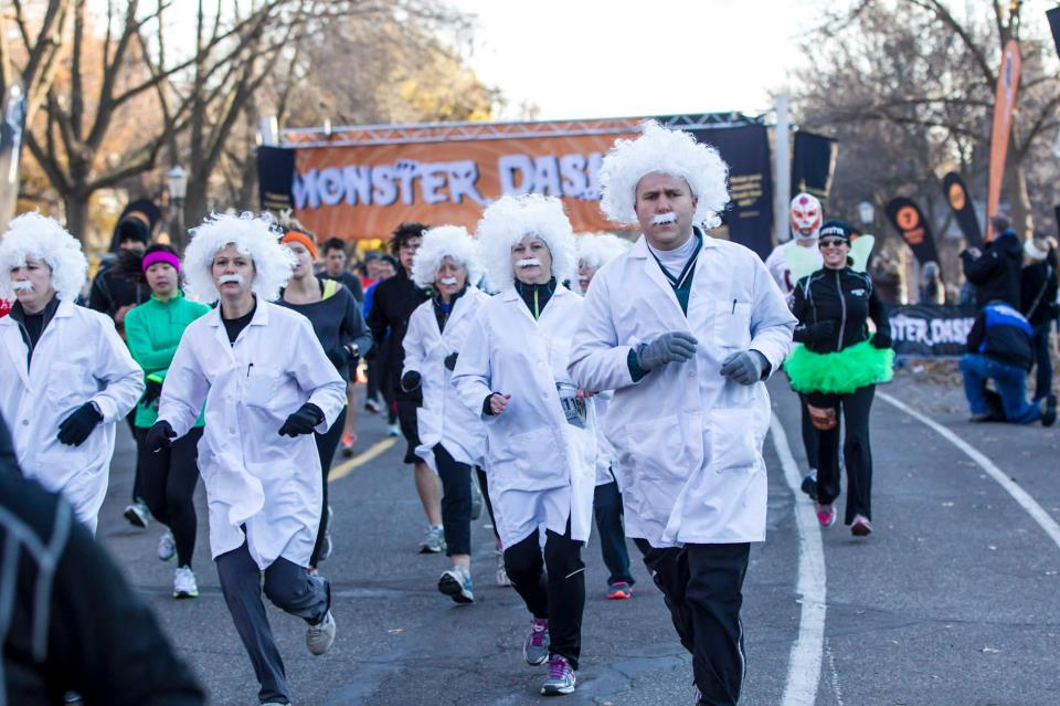 Albert Einstein Runner Best Race Costumes