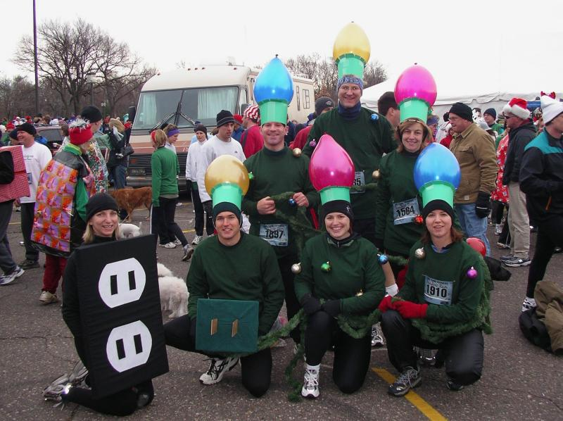 holiday lights runners - Best Christmas Costumes